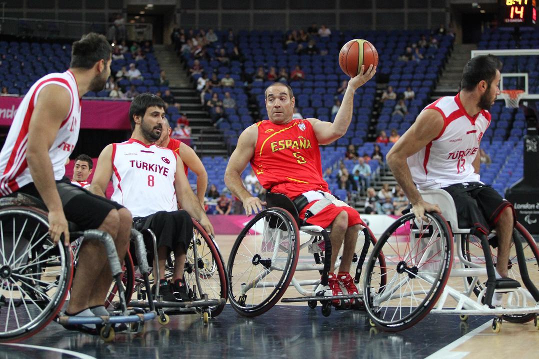 Baloncesto en silla de ruedas bsr l s 12 de worcester pivot world 9 - Baloncesto silla de ruedas ...